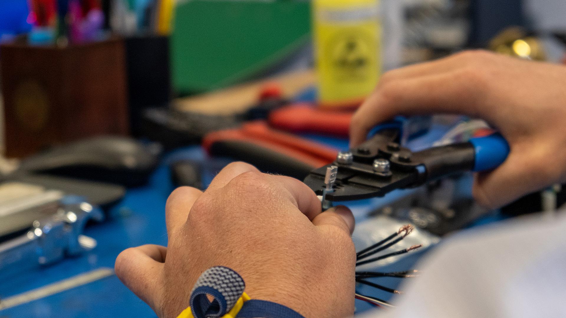 Azurlight Systems Work rooms Electronic Mechanic Interferometry